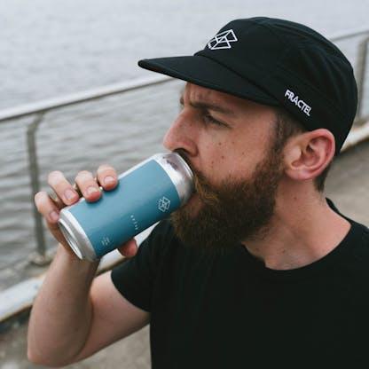 Run Club Runner Drinking Can
