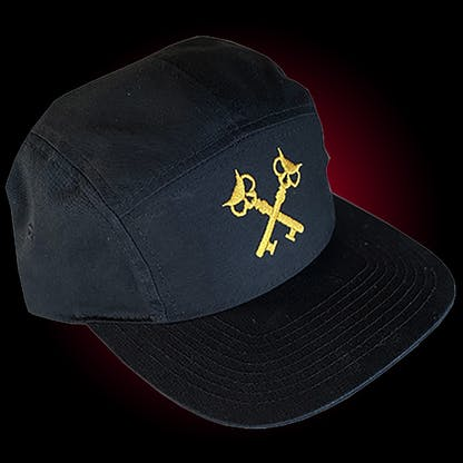 Five panel hat in black with our crosskeys embroidered in gold