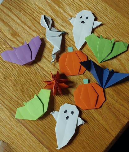 Spooky Origami at 3 Stars Brewing.